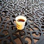 8405156 - コーヒを屋外でいただく.