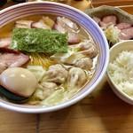 支那そば なかじま - わんたん焼豚そば(大盛)+味付けたまご+焼豚皿+ごはん【料理】