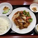 84060266 - ランチの「酢豚定食」(780円)