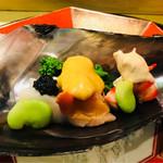 はらまさ - キャビア、ソラマメ、赤貝と菜の花には酢味噌、クルマエビにコノワタソース