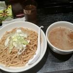 もず次郎 - 鶏つけ麺300g780円