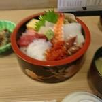 寿司海鮮 たはら - ランチの ちらし寿司