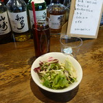 EBISUBASHI珊瑚 - ランチにつくサラダとドリンク