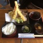おけしょう鮮魚の海中苑 - 天ぷらの定食