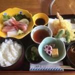 おけしょう鮮魚の海中苑 - お刺身と天ぷらの定食