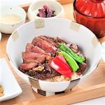◆牛リブロースのステーキ丼 とろろ付き