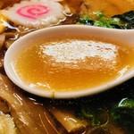 光来 - 鶏ガラ醤油スープ!