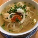 サイゴンマジェスティック - 鶏肉のフォー