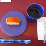 お茶とお菓子 横尾 - お好きなドリンクとセットで1,000円の『チーズケーキセット』