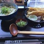 うどん まるよし - 料理写真:ごぼう天うどん ¥640