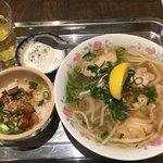 カムオーン - 鶏肉のフォーランチ