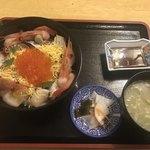 ニュー温泉閣ホテル - 海鮮ぶっかけ丼