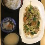 ニュー温泉閣ホテル - 野菜炒め定食