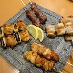 天然地魚と炭火串焼き ろばた 一粋 - おまかせ串盛合わせ(1,598円)