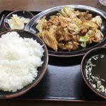 みんぱい - キャベツと豚肉の味噌炒め定食