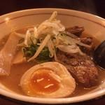 ひとしお - 豚バラ軟骨チャーシュー麺  味噌  大盛
