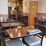JYOTI - 2階は広々テーブル席が沢山です!