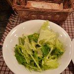 タパス - ランチのサラダとパン