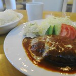 洋食の店 ジューシィ - 料理写真:ハンバーグステーキ定食980円にライス大盛り+50円