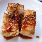 食べ門 - 地味に旨い豆腐の小鉢