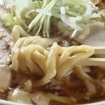 麺屋○文 - 麺アップ