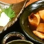 いざけ屋ひなた - ブリ大根( お汁たっぷり 甘めの味染み染み♡)& お造り(鯛、カンパチ、サーモン)