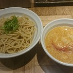 めん業一筋 善龍 - 料理写真:
