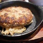 BeefGarden - ハンバーグは熱々鉄板で