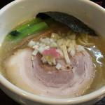84127290 - 鶏白湯醤油ラーメン 800円