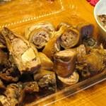 南粤美食 - 鹵水鴨頸
