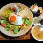 茶屋草木万里野 - 料理写真:アジアンディッシュセット。