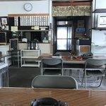 ジンギスカン食堂 - 内観写真:哀愁漂います!