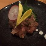 日本酒LARGO - 新鮮な魚を味噌と香味野菜でたたき合わせたなめろう