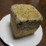 84140656 - 有機栽培小麦ゆめちからの黒胡麻kakukaku
