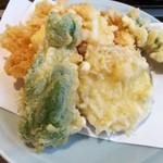 天ぷら きよし - たまたま定食の天ぷら