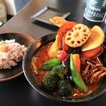 スープ・カレー・イシバ - 料理写真:チキンスープカレー 7辛  野菜増し