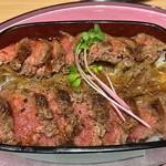 ビフテキ重・肉飯 ロマン亭 - 大坂ビフテキ重