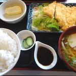 なんやかん屋 - 料理写真:日替わり定食(790円)+小うどん(160円)
