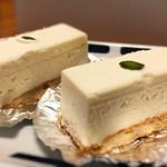 84152671 - レアチーズケーキ