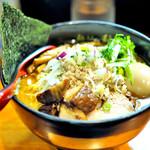 麺処 秋もと - 料理写真:'18.04味玉味噌大盛+角チャー