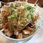 84164076 - ミニチャーシューめし(マヨネーズ抜き) ※食べにくいが美味しい