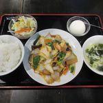 海鮮飲茶 帆船 - 料理写真:八宝菜ランチ(2018/04/13撮影)