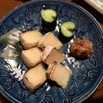 酒の魚 和海 - カマンベールのもろみ味噌漬け