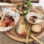 あんぷ~ - エビチリ丼