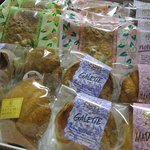 パテシェール カツミ - 焼き菓子いろいろ