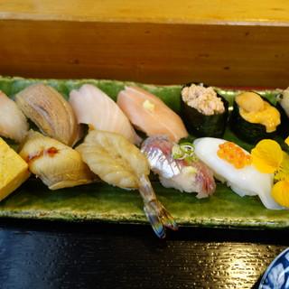 寿司と地魚料理 大徳家 - 料理写真:おまかせ握り