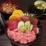 すし曙 - 料理写真:二色丼(780円)