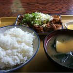 竹の子食堂 - 馬のモツ煮定食 (うまい)