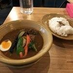 カレー&ごはんカフェ オウチ - 豚角煮カレートロトロスープHOT20