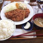 鳥久 - チキンカツ定食 ¥680